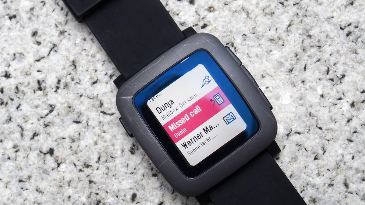 pebble time die smartwatch im test. Black Bedroom Furniture Sets. Home Design Ideas
