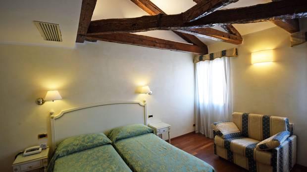 Neutral eingerichtet ist das Hotel Do Pozzi
