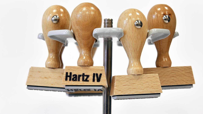 Stempel mit Hartz-IV-Aufschrift