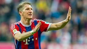 Bastian Schweinsteiger verlässt den FC Bayern. Die Fans wollen das nicht so recht wahrhaben.