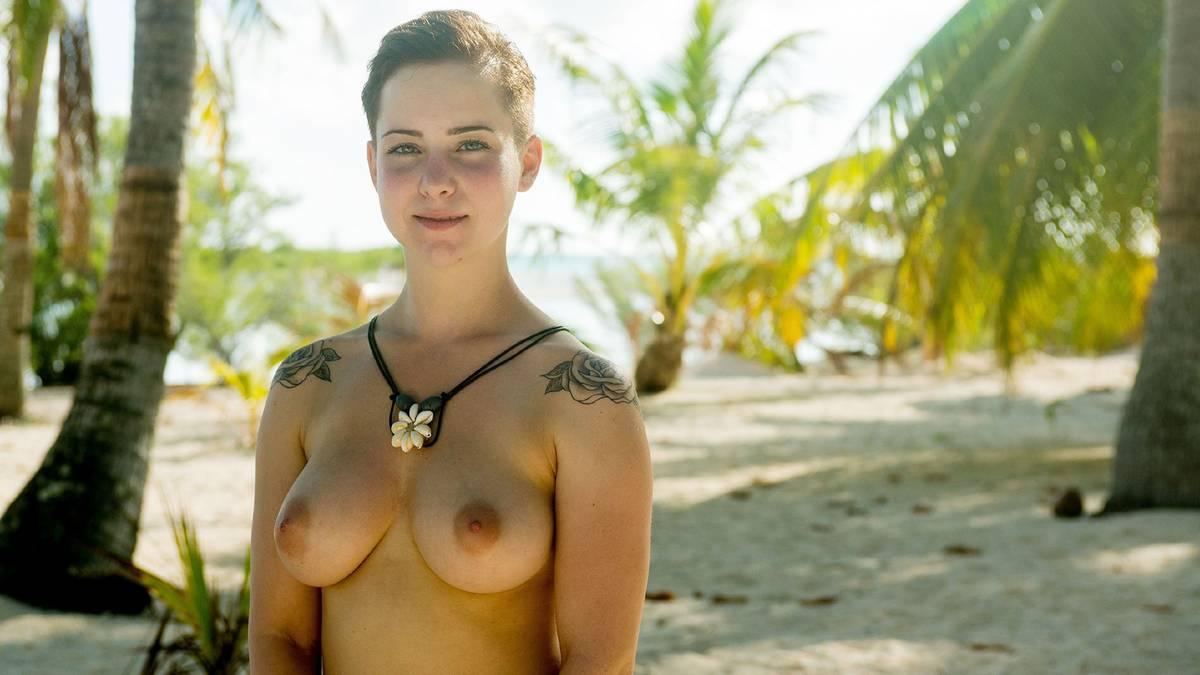 Adam Sucht Eva Porn