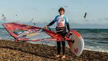 Windsurfer Philipp Köster sprang vor Gran Canaria (fast) den Dreifach-Loop