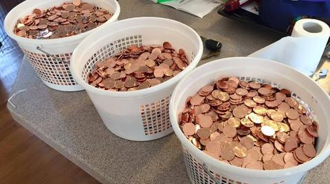 Waschkörbe voll mit Kleingeld
