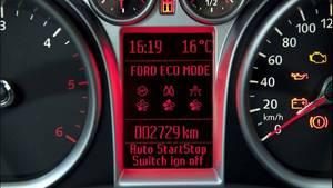 Zahlreiche Techniken wie Öko-Fahrmodus und Start-Stopp-Automatik unterstützen den Fahrer in modernen Pkw beim Spritsparen. Eine vorausschauende Fahrweise und ein gemäßigter Gasfuß sind aber genauso wichtig.