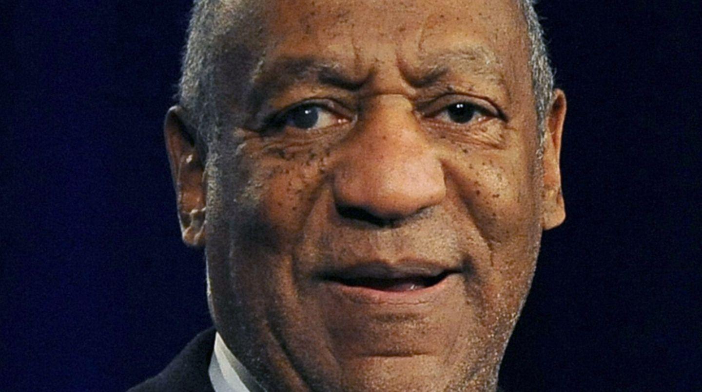 Der US-amerikanische Schauspieler Bill Cosby soll Frauen gefügig gemacht und sich dann an ihnen vergangen haben