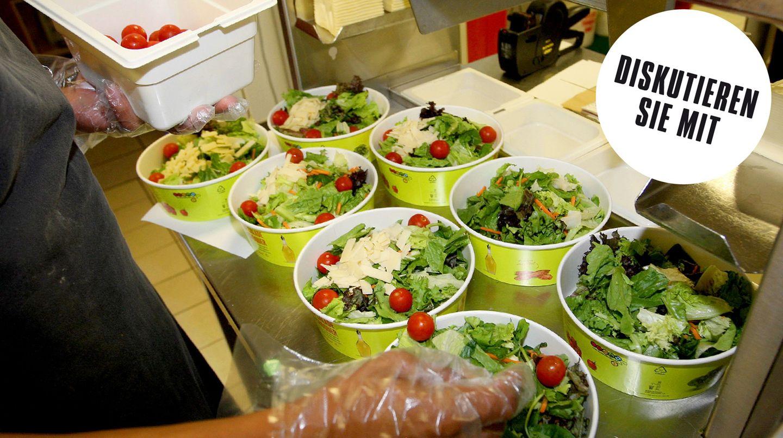 Insiderin enthüllt: Gesund essen bei McDonald's? Dann bestellt lieber Burger als Salat!