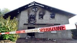 Wie hier in Remchingen (Baden-Württemberg) gab es zahlreiche Übergriffe auf Flüchtlingsunterkünfte in Deutschland