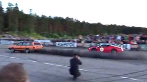 Passat schneller als Ferrari