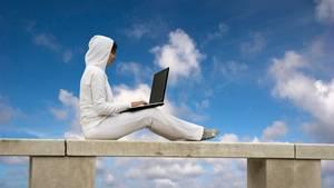 """Meike Winnemuth: """"Unser Leben ist ein einzig Schuften, in jede Ritze dringt die Arbeit und breitet ihr härenes Tuch über die Welt"""""""