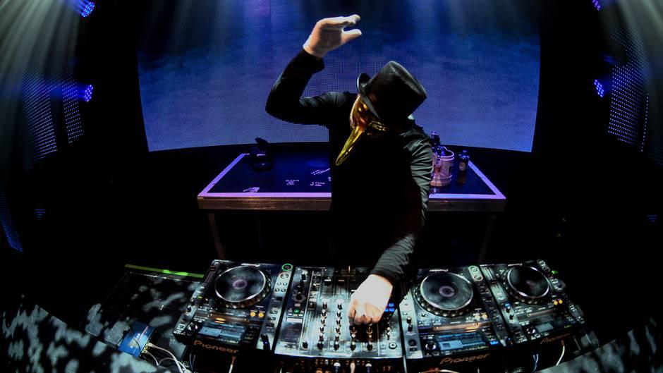 """Musiktipp der Woche: Claptone mit """"Dear Life"""""""