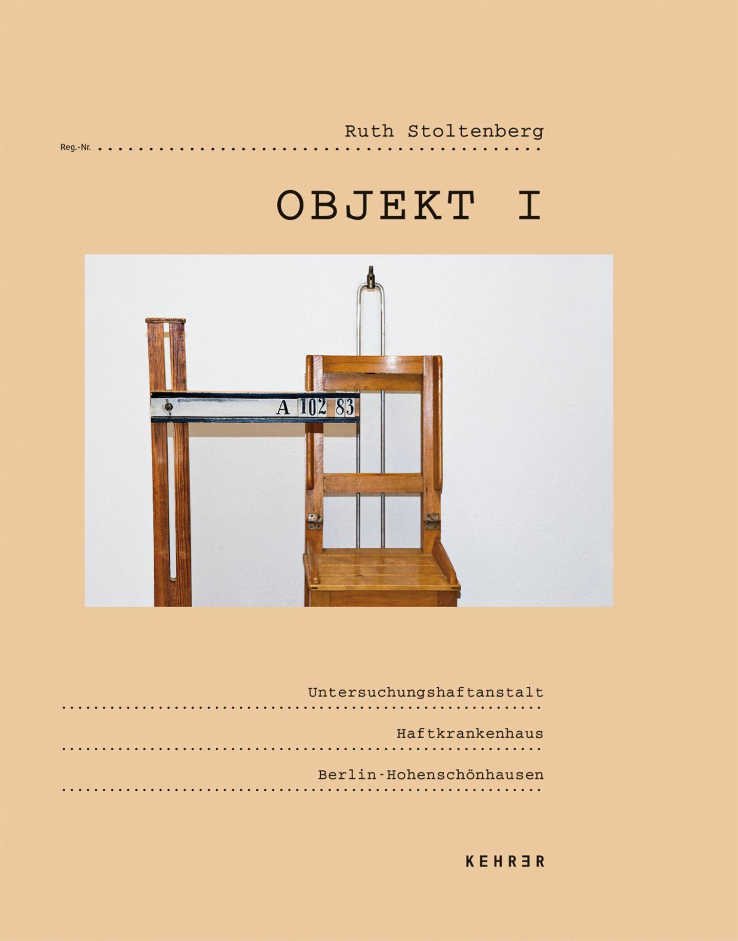 """""""Objekt I."""" heißt Ruth Stoltenbergs Fotoserie"""