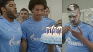 Givanildo Vieira de Souza alias Hulk feiert Geburtstag mit seinen Mannschaftskameraden von Zenit Sankt Petersburg. Doch die unterschätzen seine Kraft.