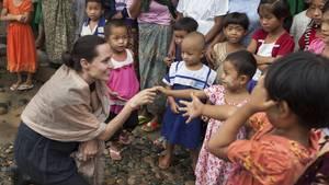 Angelina Jolie besucht Flüchtlingscamp in Myanmar