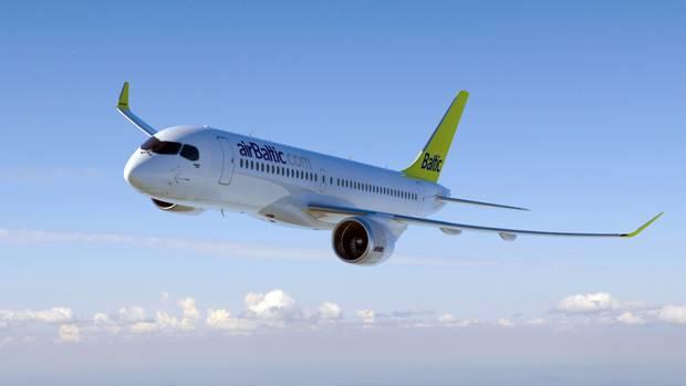 Ein Flugzeug der Fluggesellschaft Air Baltic