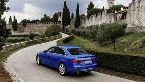 Audi A4 - startet als 1.4 TFSI mit 150 PS