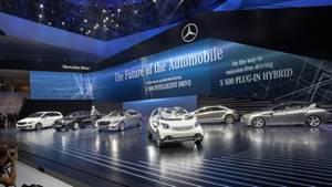 Mercedes am Vorabend der IAA 2013 in der Frankfurter Festhalle