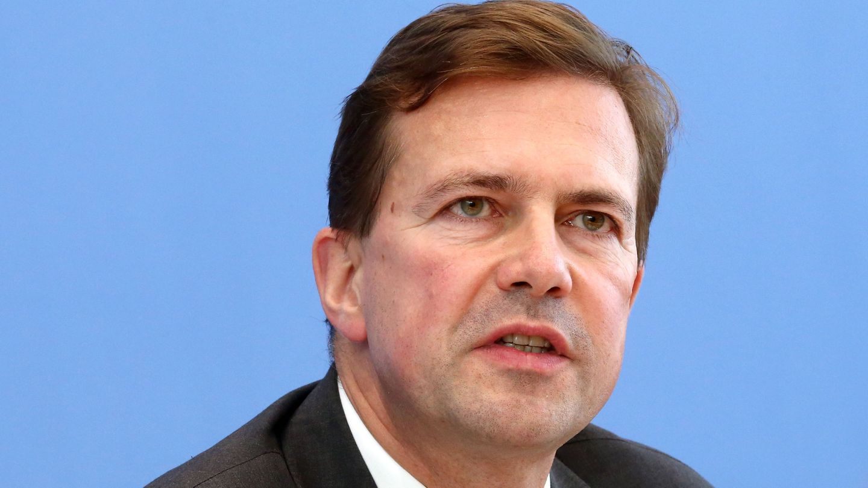 Regierungssprecher Steffen Seibert dementierte den Flüchtlings-Soli