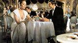"""Platz 8    Unglaublich aber wahr: Diana Rigg darf sich als einziges Bond-Girl auf die Fahne schreiben, James Bond geehelicht zu haben. Als Teresa di Vicenzo heiratet sie in """"Im Geheimdienst ihrer Majestät"""" den Geheimagenten. Dumm nur, dass sie anschließend ums Leben kommt."""
