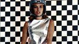 """Platz 9  Sie ist bis heute das einzige deutsche Bond-Girl: Karin Dor spielte 1967 in """"Man lebt nur zweimal"""" die Handlangerin von Bösewicht Spectre. Sie lässt sich von 007 nur verführen, um ihn hinterher umbringen zu können. Als das misslingt, muss sie selbst einen spektakulären Tod sterben - im Piranhabecken."""