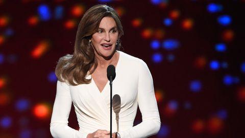 Caitlyn Jenner wurde als Bruce Jenner geboren, unterzog sich später einer Geschlechtsumwandlung