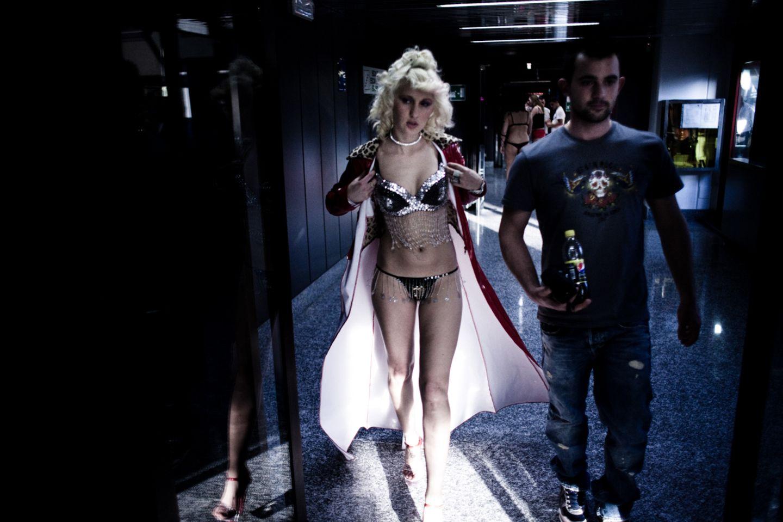 Mailänder Sexmesse MiSex: Nackt im Schweinestall