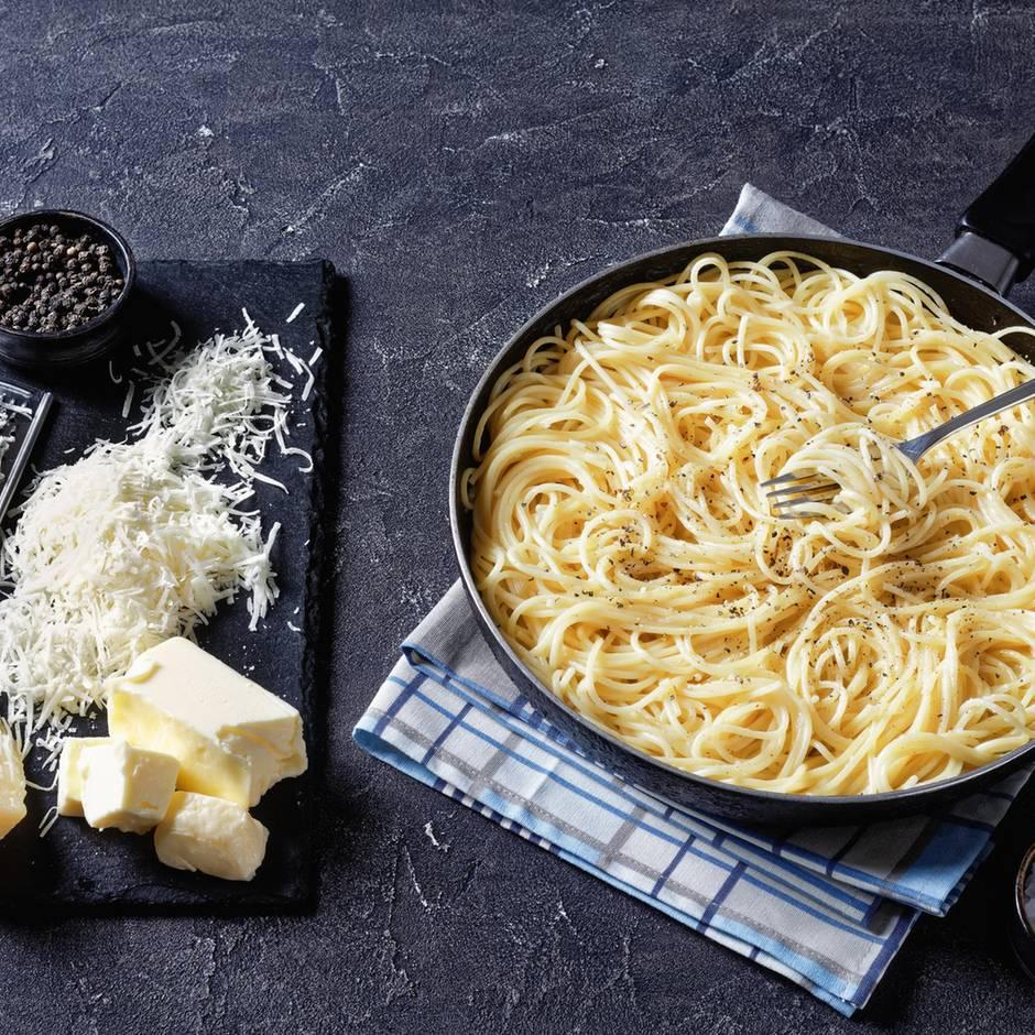 Kochen mit Denise: Cacio e pepe - Rezept für die einfachste Pasta Italiens