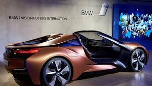 BMW i8 Spyder auf der CES 2016 - leicht verändert zur Peking Motorshow 2012