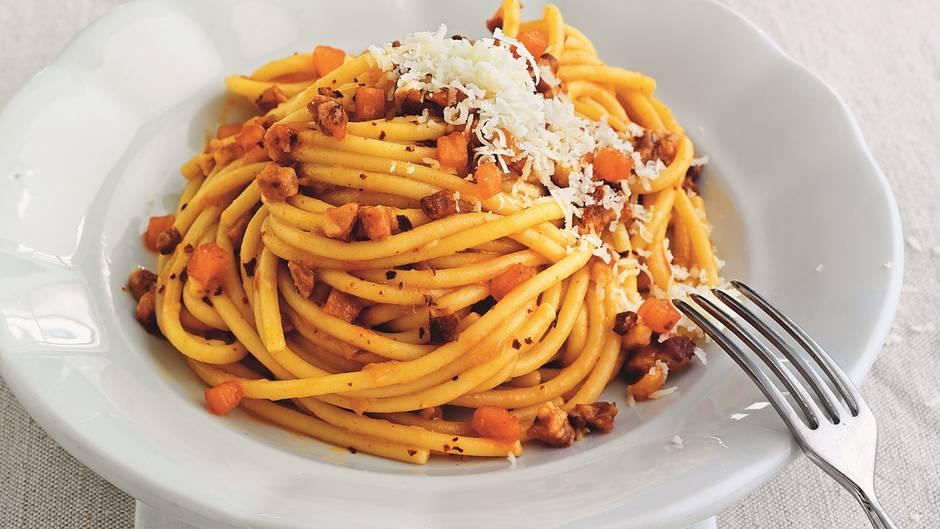 die besten pasta rezepte der welt gesunde ern hrung lebensmittel. Black Bedroom Furniture Sets. Home Design Ideas