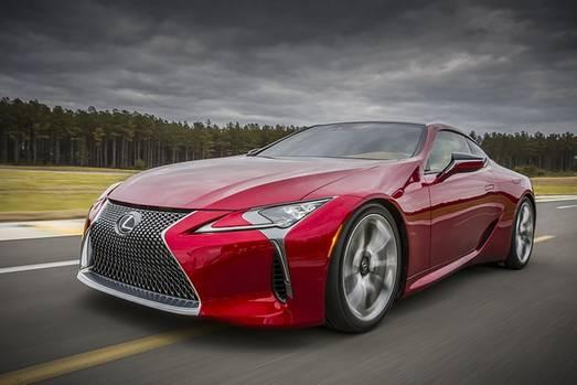 Lexus LC 500 - wird von einem 473 PS starken V8-Motor angetrieben