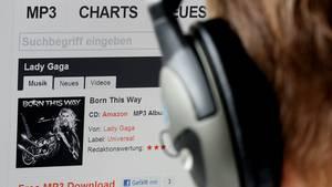 Wenn die Kinder illegal Musik hochladen, können die Eltern Probleme bekommen