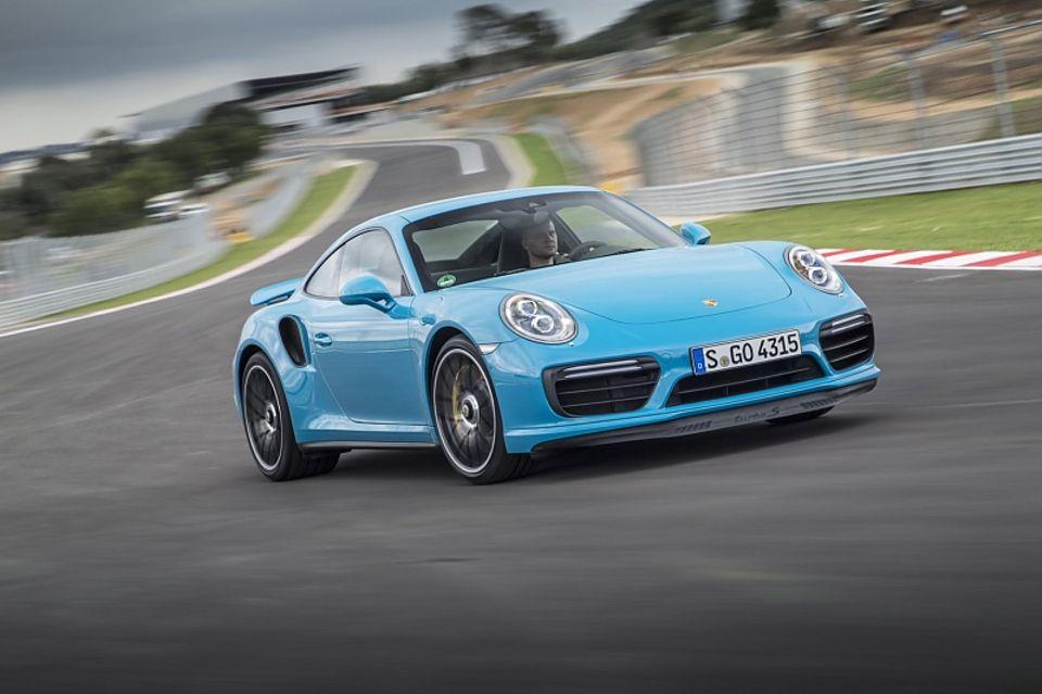 Porsche 911 Turbo S Jahrgang 2016