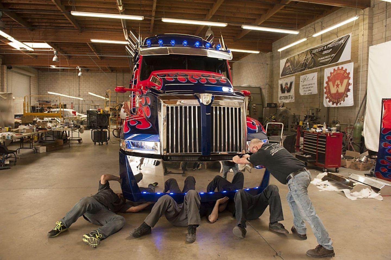 Chris\' Team arbeitete unter Hochdruck am Optimus Prime