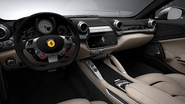 Das neue Cockpit des Ferrari GTC 4 Lusso