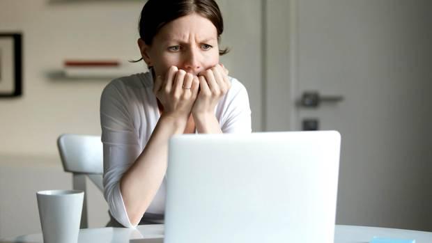Arbeitszeugnisse haben einen Code - und den sollten Mitarbeiter kennen. Sonst gelten sie schnell als faul, lustlos oder unpünktlich.
