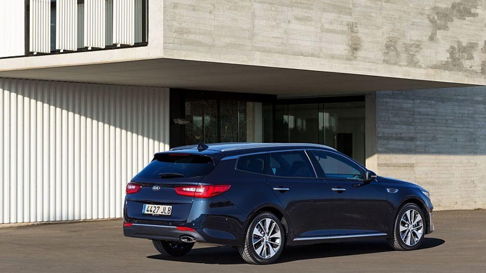 Der Kia Optima Sportswagon feiert beim Genfer Automobil-Salon seine Weltpremiere