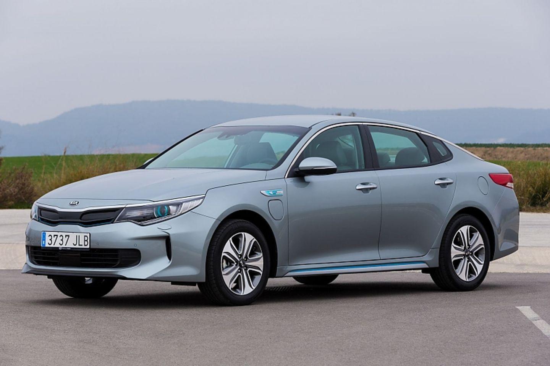 Der Kia Optima Hybrid hat eine E-Reichweite von maximal 54 Kilometern