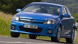 Der Opel Astra H OPC hat Probleme seine Kraft auf den Boden zu bringen