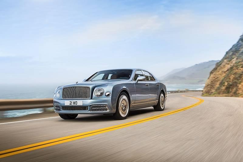 Den Einstieg macht der Bentley Mulsanne.