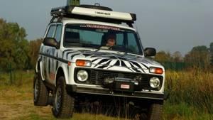 Lada Niva - als Safari-Edition