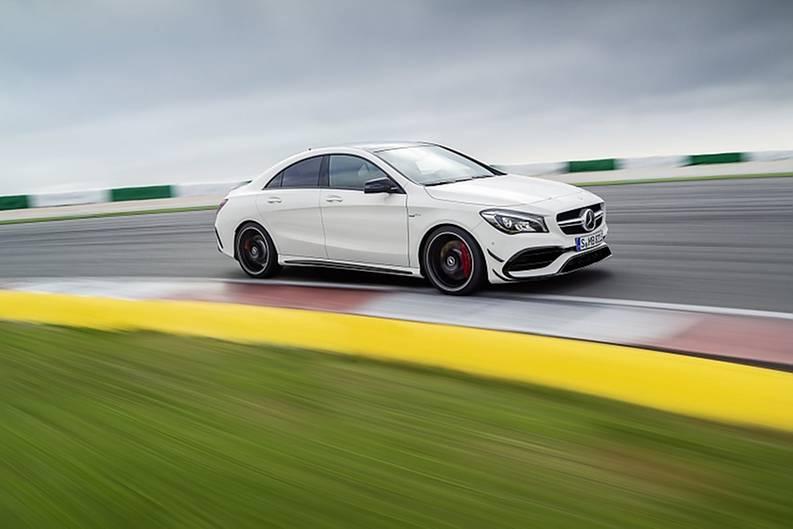 Mercedes CLA Modellpflege 2016 - die AMG-Version bekam einen Leistungsnachschlag auf 381 PS und 475 Nm