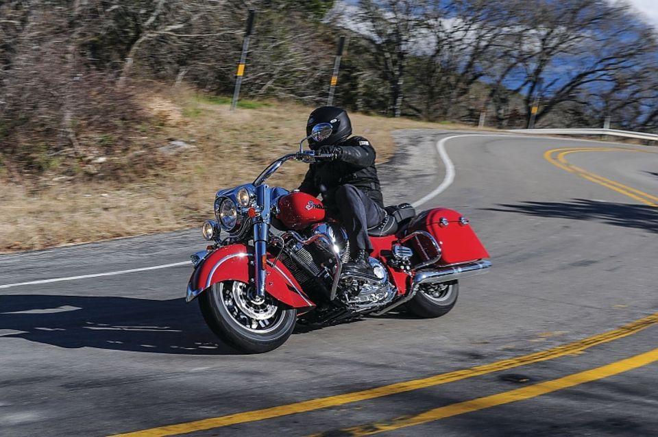 Vor der ersten Tour muss das Motorrad gut überprüft werden.