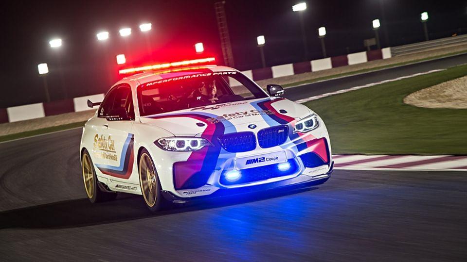 BMW M2 Safety Car Moto GP 2016 - unterwegs auf dem Rennkurs Losail in Qatar