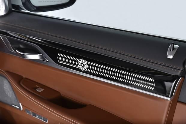 BMW 750 Li Solitaire - innen in Tartufo Leder