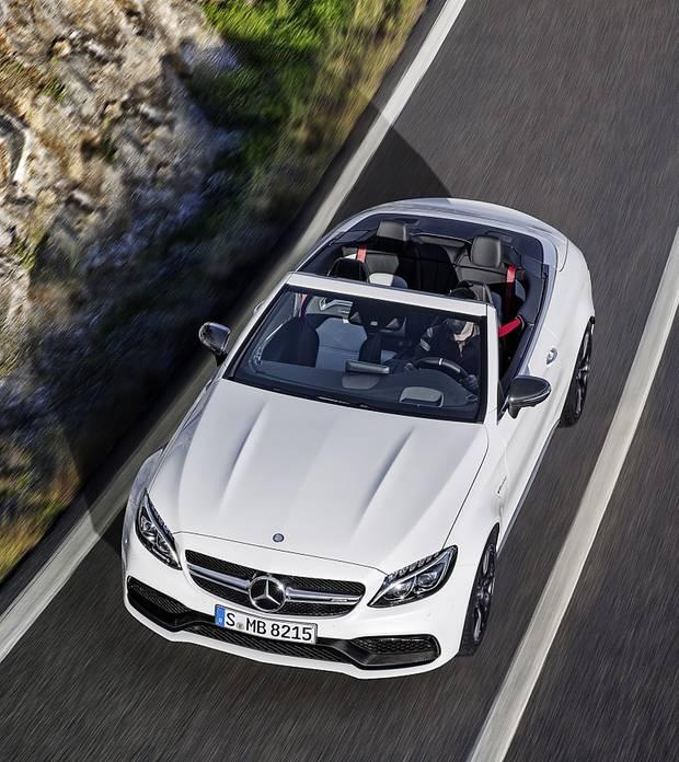 Mercedes AMG C 63 Cabrio - oben ohne
