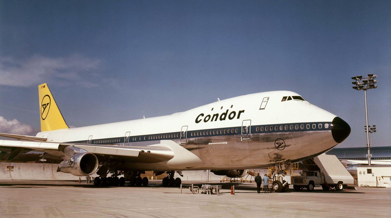 """Auf Wachstumskurs: 1971 wurde der erste von zwei Jumbojets in Dienst gestellt. Sie hießen """"Fritz"""" und """"Max"""" und flogen mit 470 Sitzplätzen zum Beispiel nach Mallorca. Die zweite Boeing 747 ereilte ein trauriges Schicksal: Die Maschine wurde an Korean Air verkauft und 1983 von einem sowjetischen Militärflugzeug abgeschossen."""