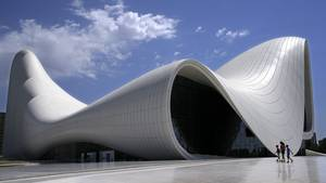 Das Heydar Aliyev Center in Baku, der Hauptstadt Aserbaidschans