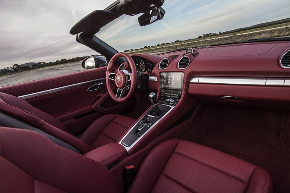 Porsche 718 Boxster - der Innenraum des Roadsters
