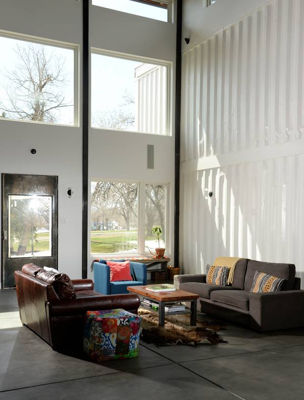 Recycling Zum Wohnen Parchen Baut Luxus Haus Aus Containern Stern De