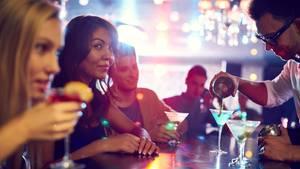 Nette Menschen, tolles Ambiente, leckere Drinks - darauf kommt es in einer guten Bar an.