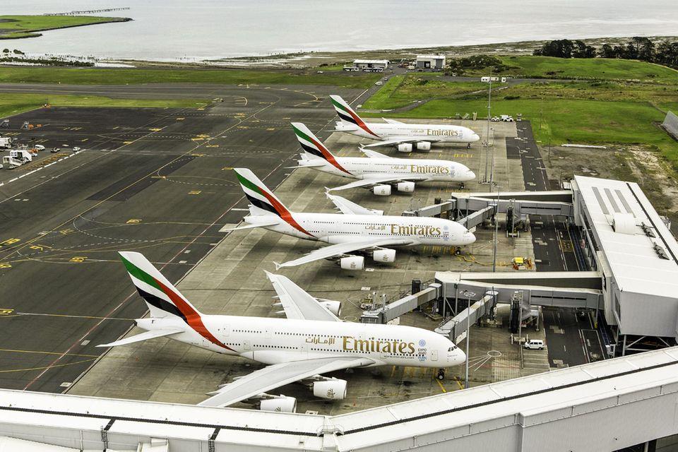 Follow Me: Bis zum frühen Nachmittag sind auch die drei täglichen A380-Flüge von Dubia via Australien in Auckland gelandet © Emirates